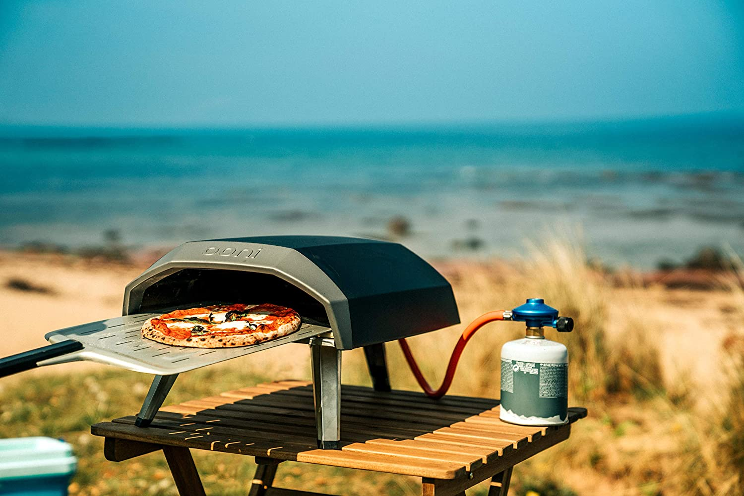 outdoor pizza oven with gas tank