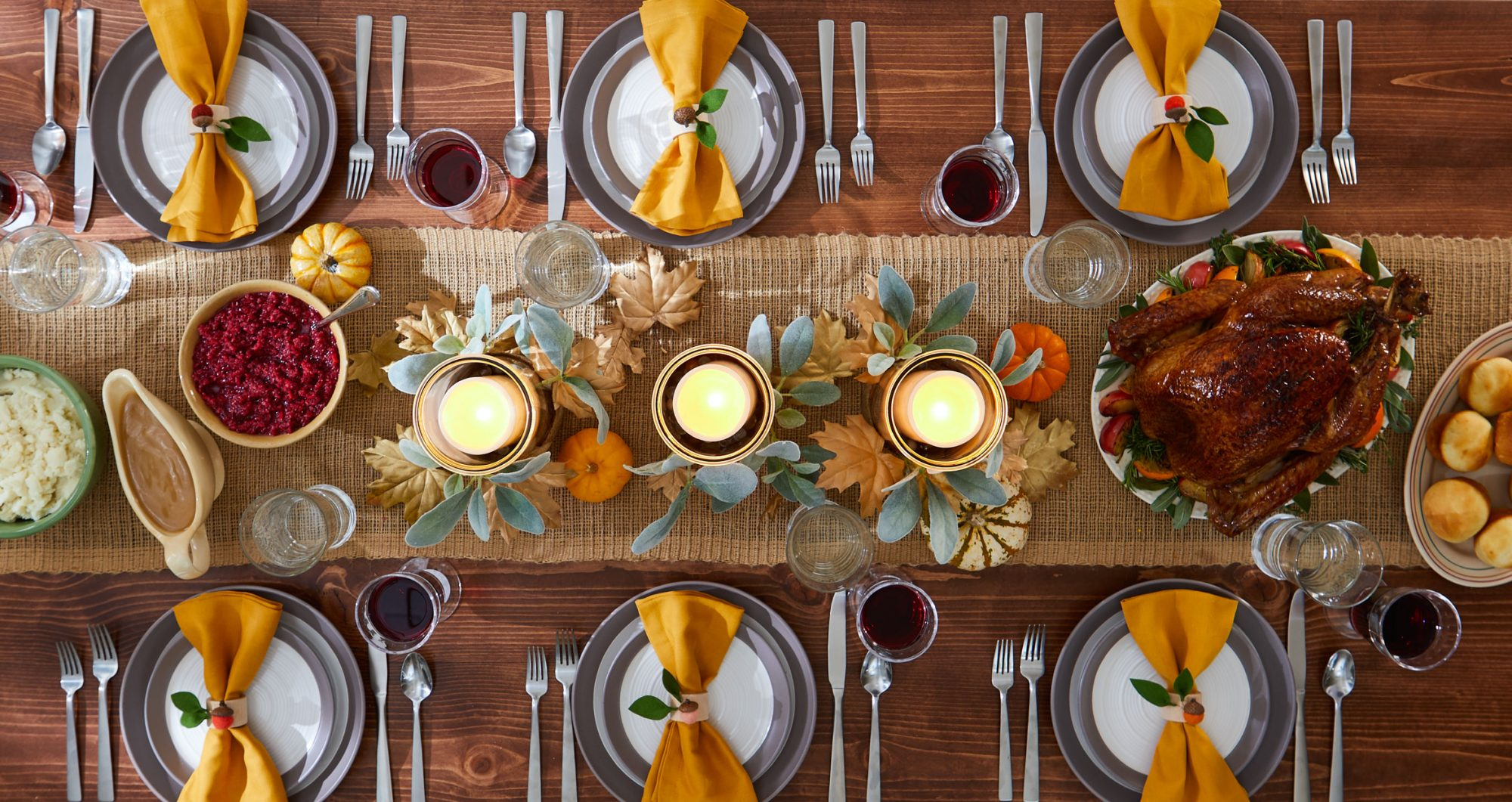 thanksgiving table candle centerpiece