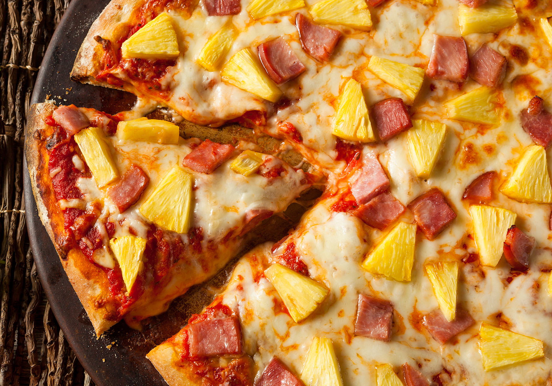 controversial food pineapple and ham pizza