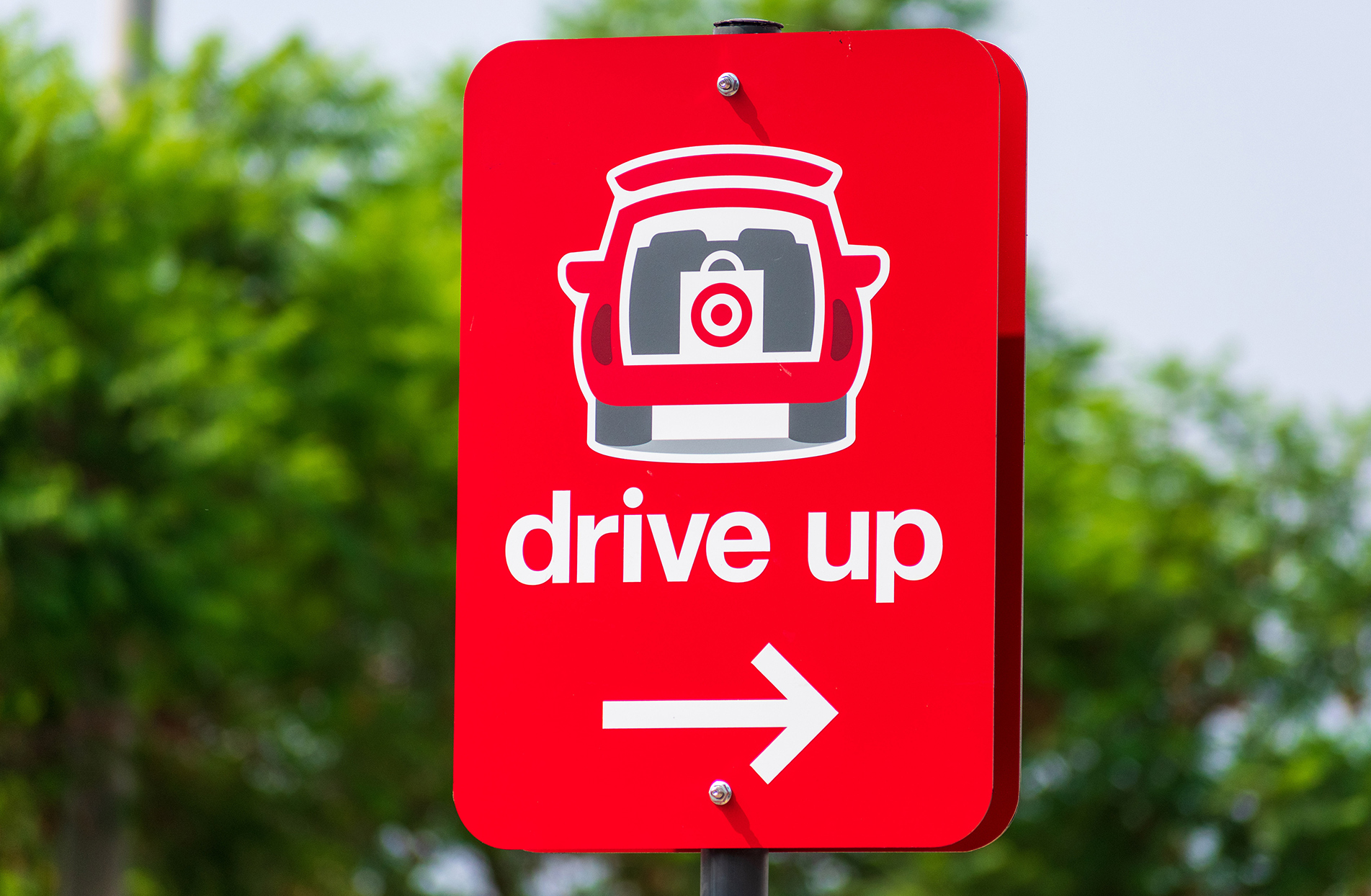 close up of target drive up sign for curbside pick up