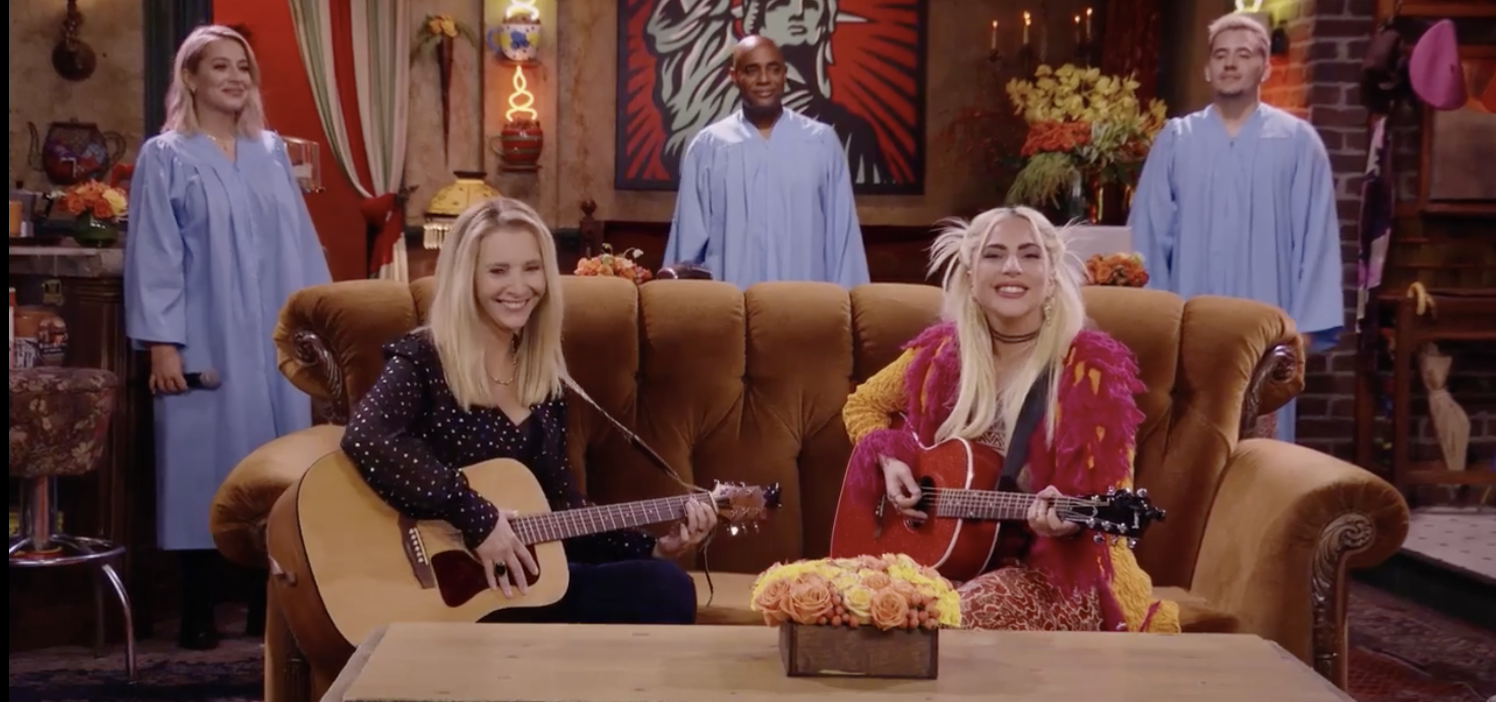 """Lady Gaga and Lisa Kudrow Did a """"Smelly Cat"""" Duet"""