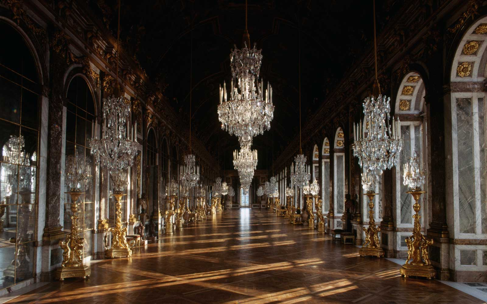 Hall of Mirrors, Palace of Versailles (UNESCO World Heritage List, 1979), Ile-de-France, France, 17th century