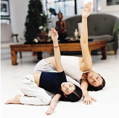 Yoga: The Newest Twist in Parent-Child Bonding