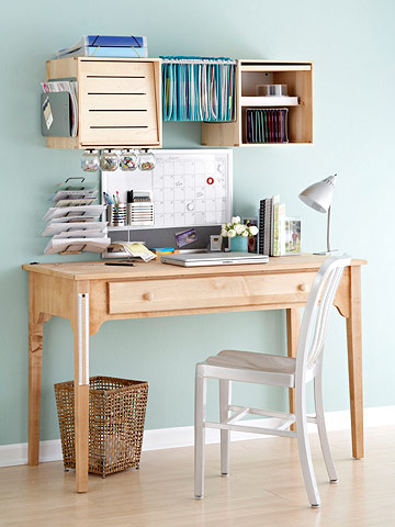 Single drawer desk
