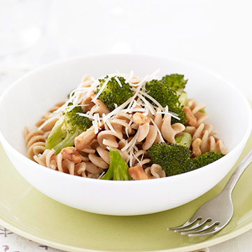 Pasta with Broccoli and Clams