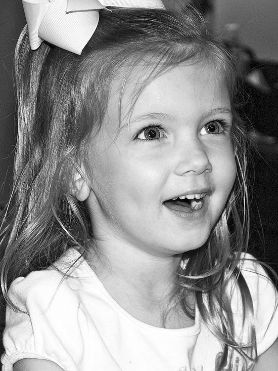 """When Mecaden turned 4, she listened to her family sing """"Happy Birthday."""""""