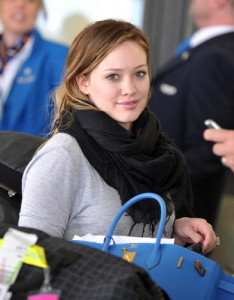 Hilary Duff Gives Birth to Son Luca 29561