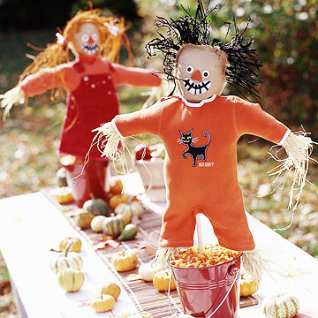 Pint-Sized Scarecrows