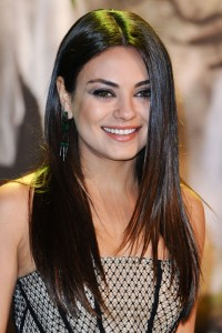 Mila Kunis is Planning a Natural Birth! 26701