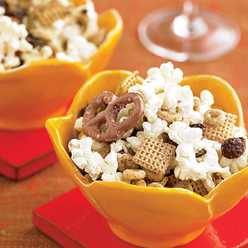 Sweet & Spicy Snack Mix
