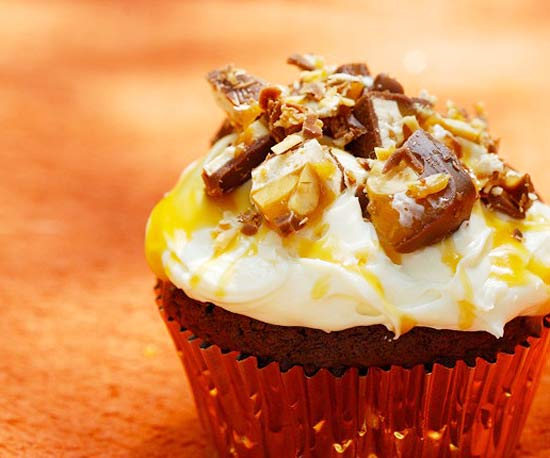 Snickers Cupcakes recipe image
