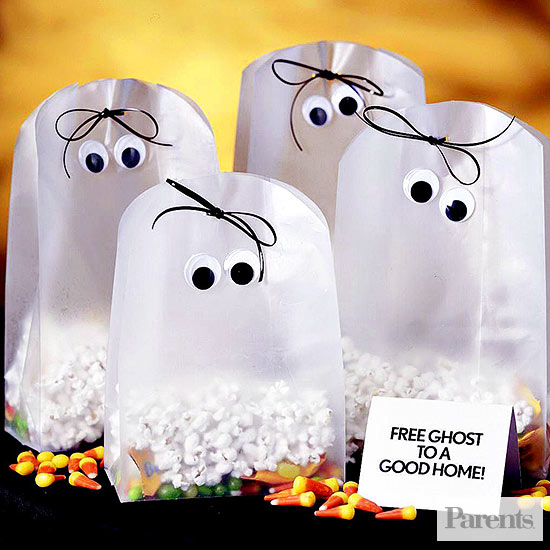 Ghostly Popcorn Bags