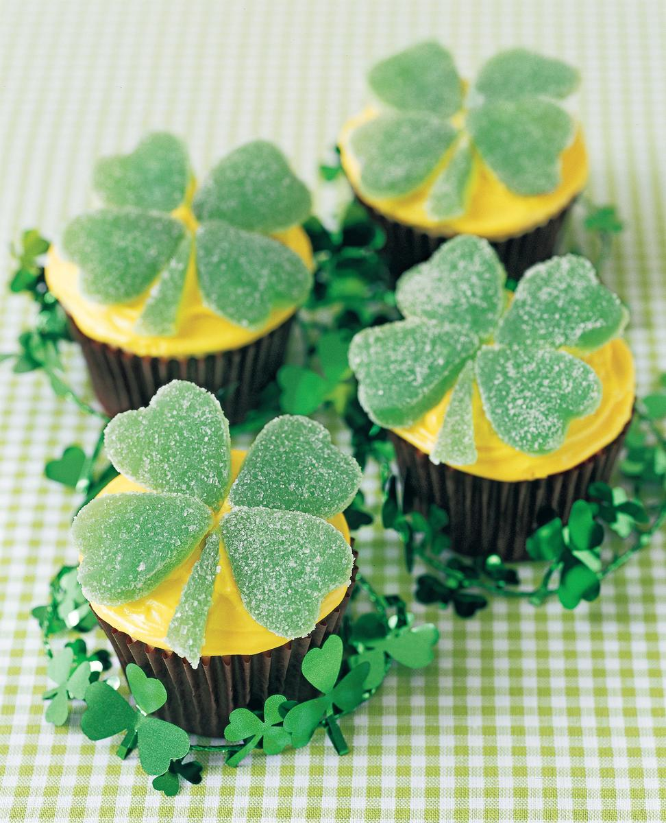 Four Leaf Shamrock Cupcakes