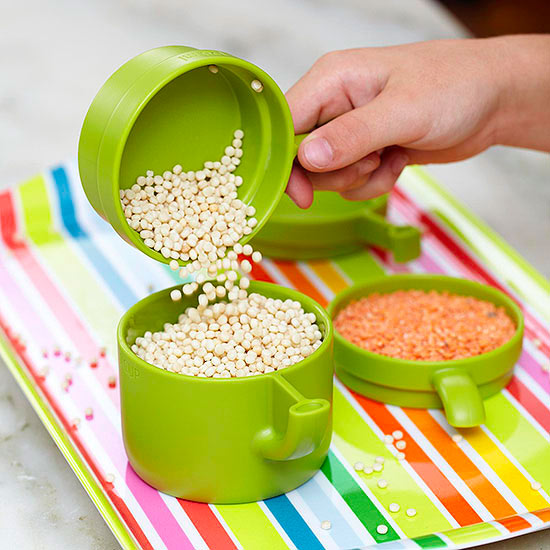 Green measuring cups