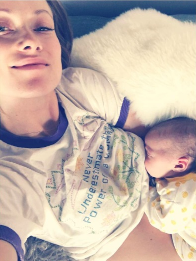 Olivia Wilde Breastfeeding Daisy