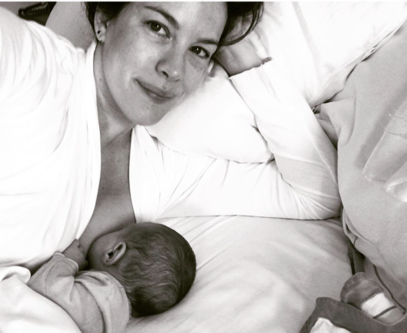 Liv Tyler breastfeeding