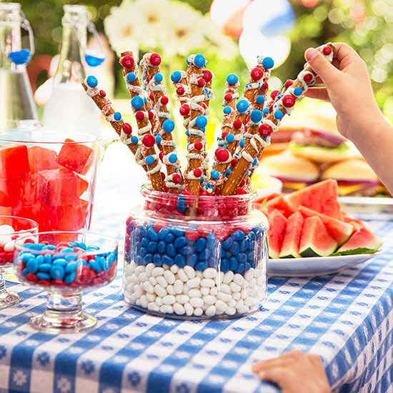 Sweet & Salty Sparkler pretzel rods
