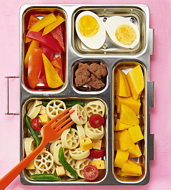 Wheel pasta bento box lunch