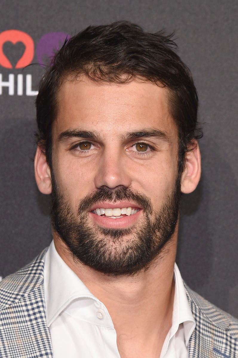 Eric Decker Headshot
