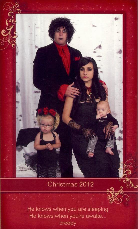 this family s awesome christmas cards are going viral parents awesome christmas cards are going viral