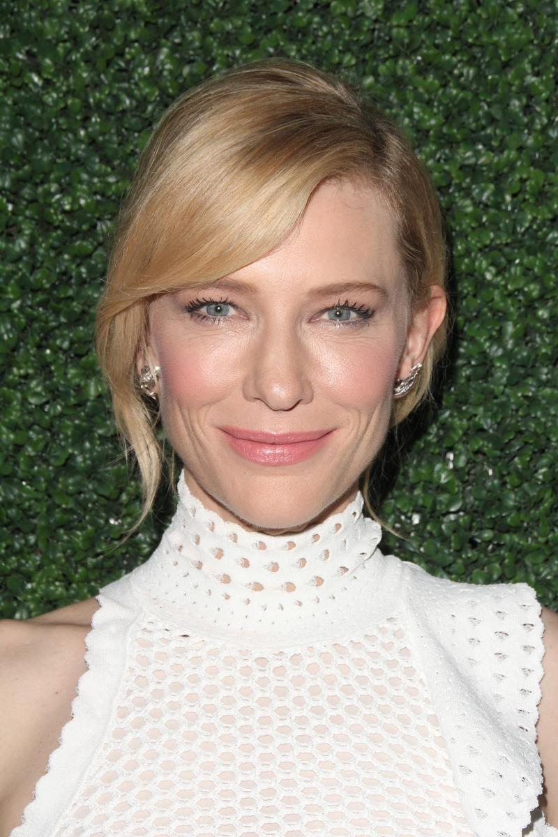 Cate-Blanchette-white-dress.jpg