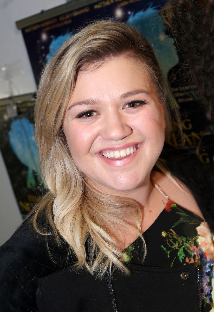 Kelly-Clarkson-Getty.jpg