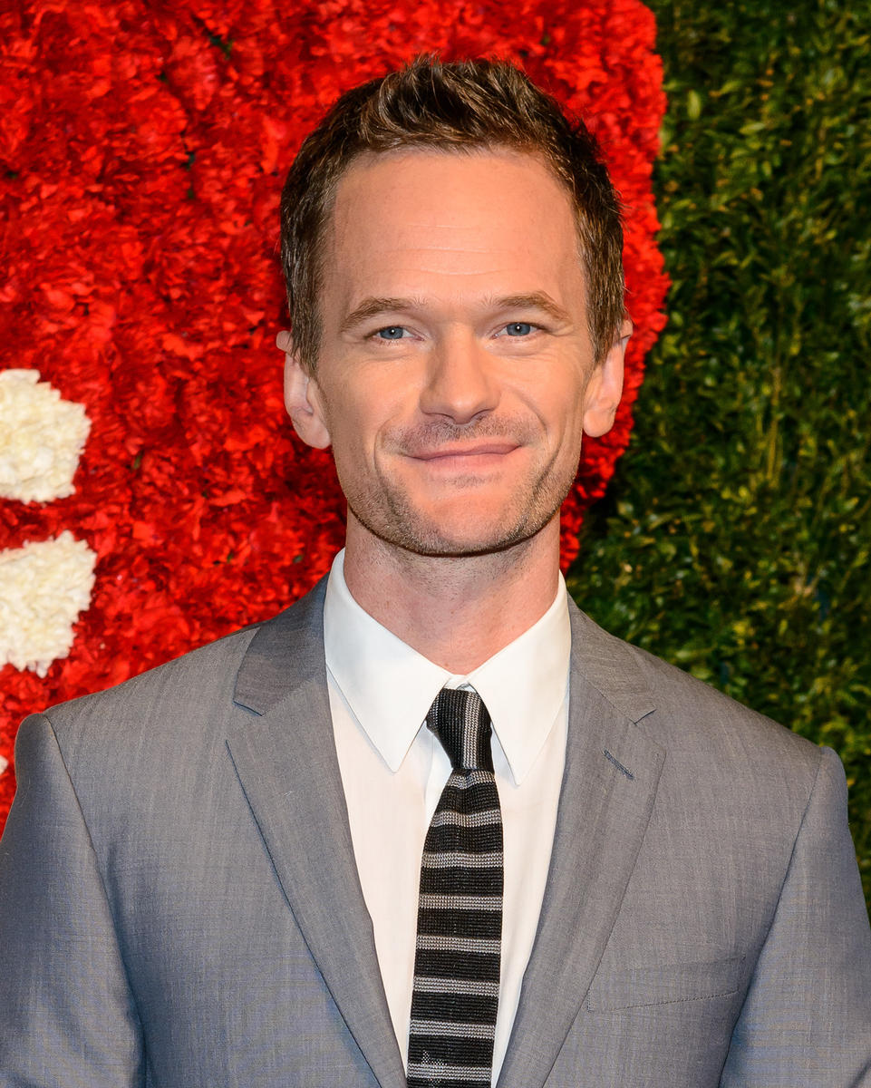 Neil-Patrick-Harris-grey-suit.jpg