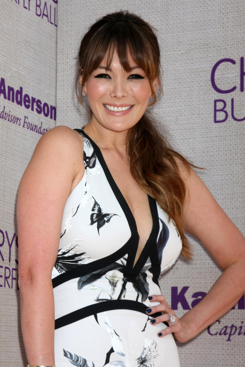 Lindsay-Price-black-white-dress.jpg