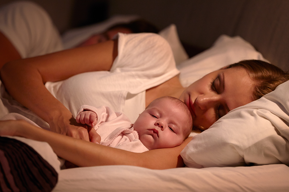 Co Sleeping Benefits And Drawbacks A Parent S Guide Parents