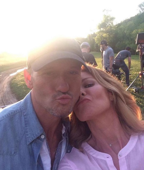 tim mcgraw and faith hill selfie