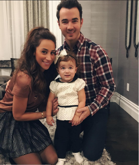 kevin jonas and family