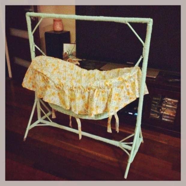 kobie-hughes-bassinet-photo.jpg