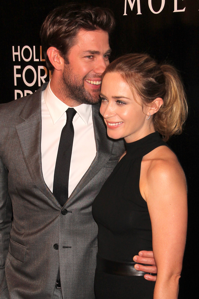 john krasinski and emily blunt being cute