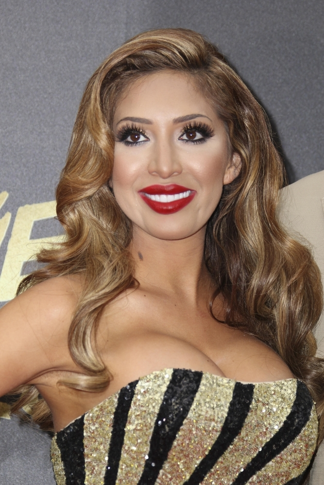 farrah abraham black and gold dress