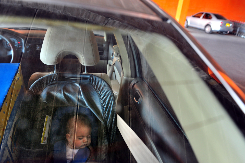 baby left in hot car