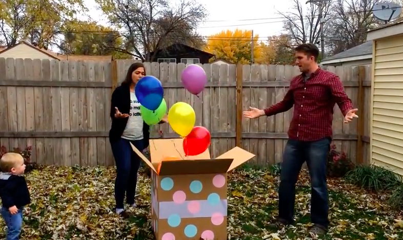 gender reveal fail with balloons