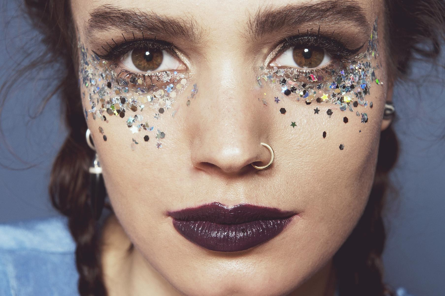 Instagram Beauty Brilliant Accent Eyes Glitter