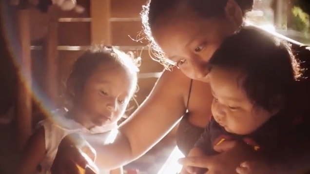 unicef video mom reading to kids
