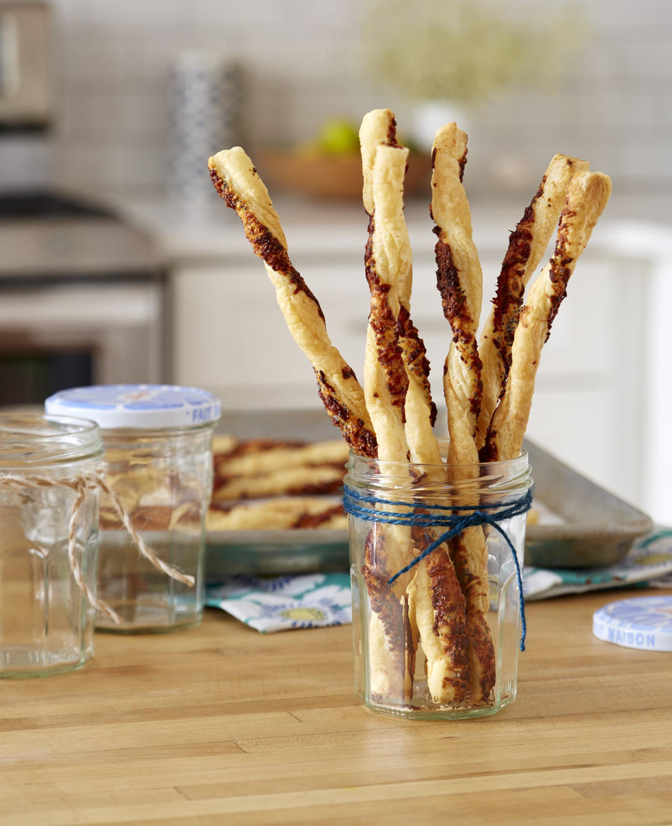 Edible Gifts Poppy Seed and Parmesan Cheese Straws