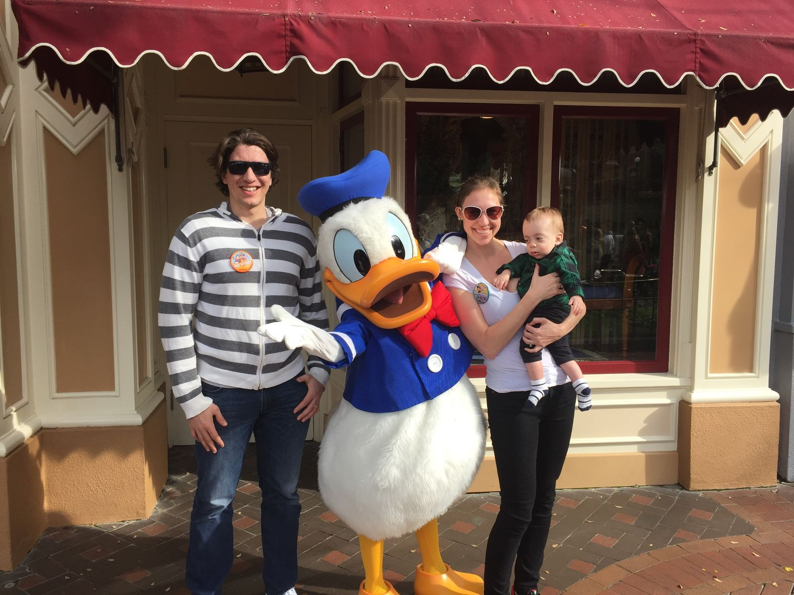 Sabky family with donald duck