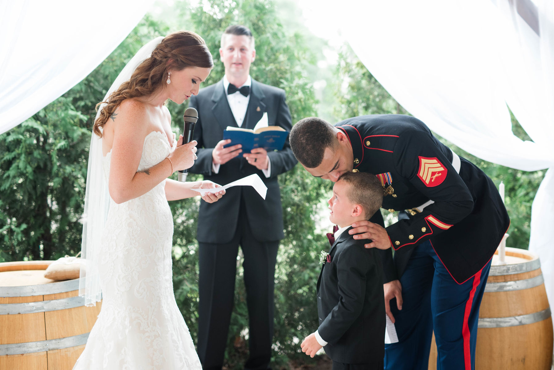 emotional wedding moment goes viral