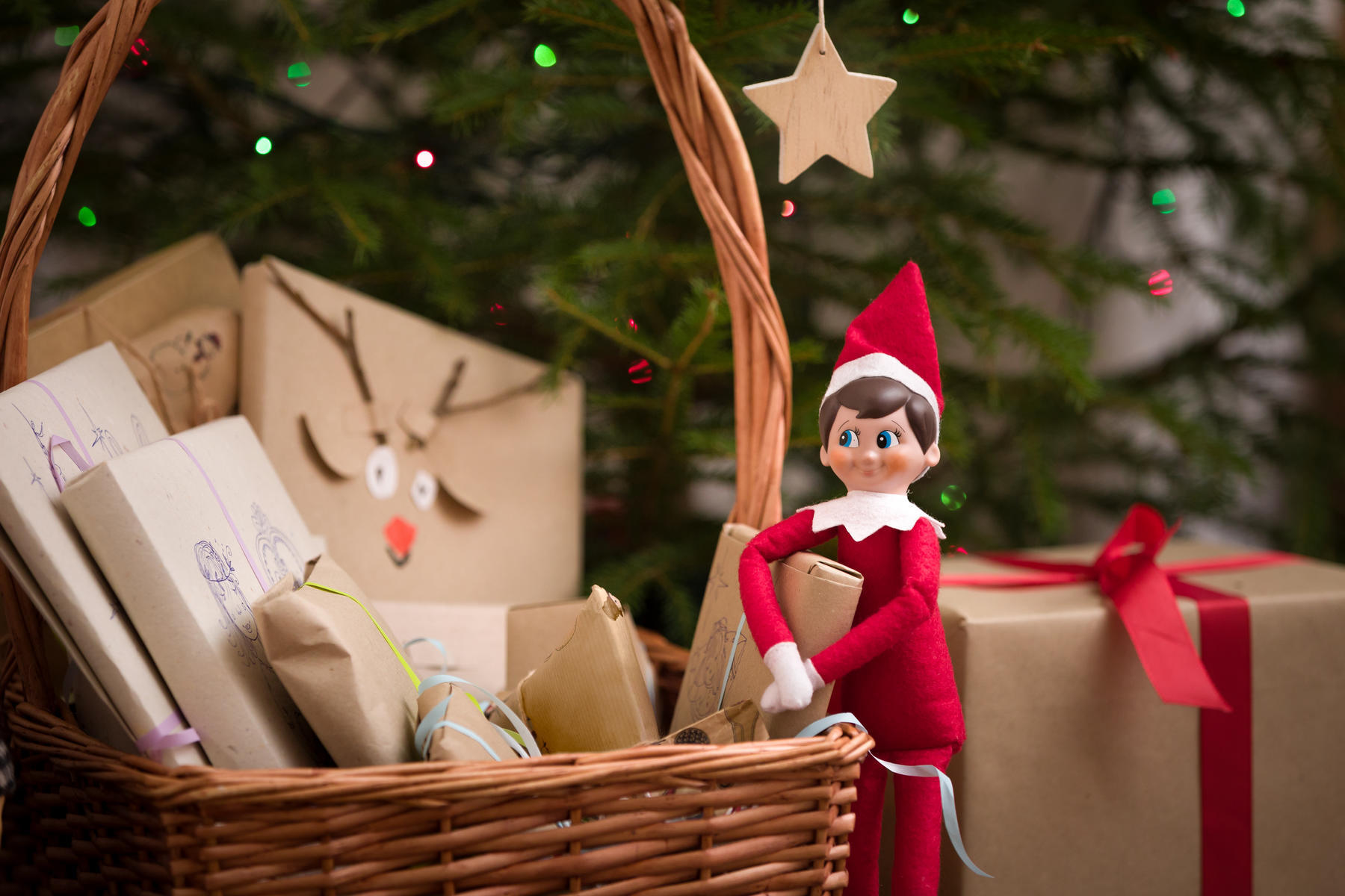 Elf on a Shelf Fire Hazard Is a Cause for Concern After One Home Nearly Burns Down_still
