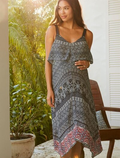 ca5eb2660b73d There's a Massive Sale at Motherhood Maternity—You Don't Want to ...