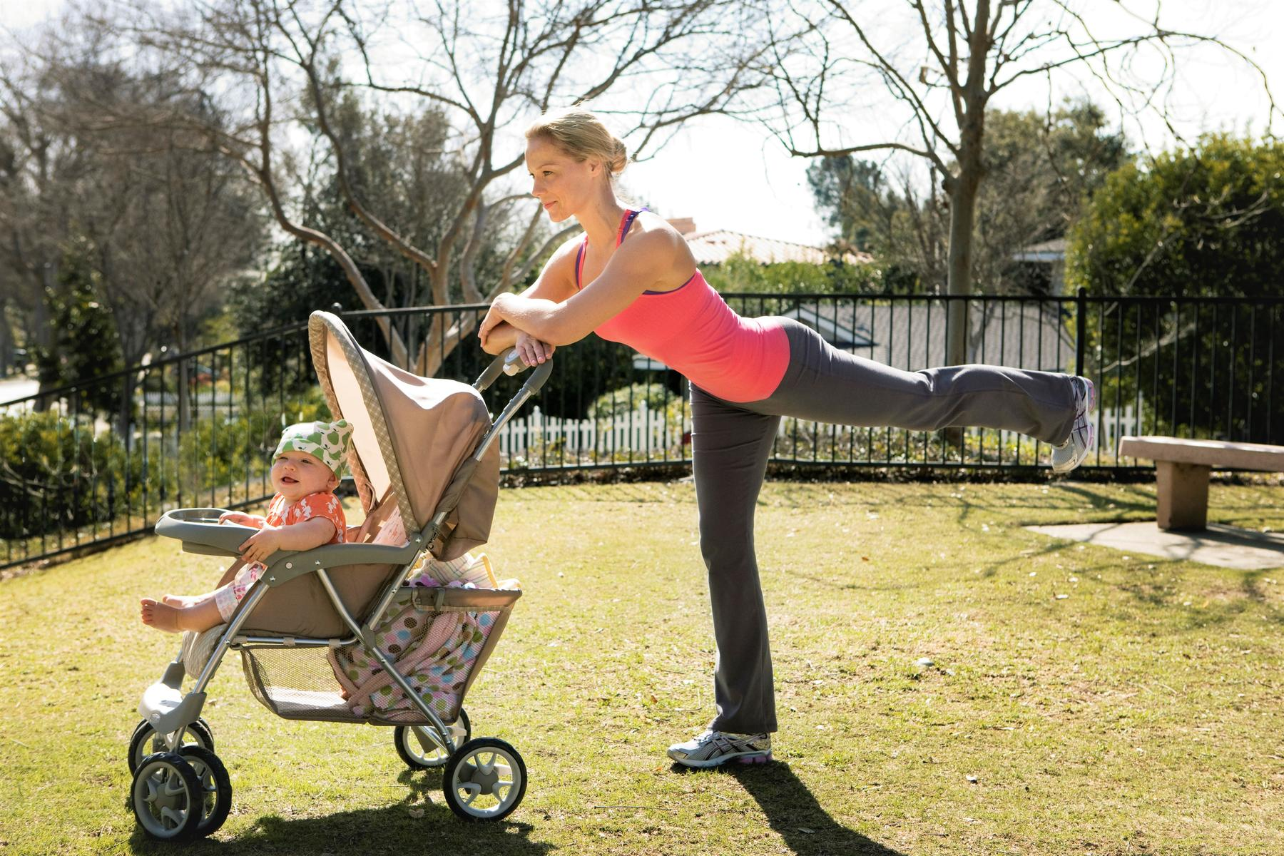 Mom Workout Using Stroller