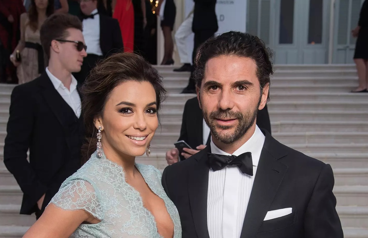Eva Longoria Gives Birth to Baby Boy!_still