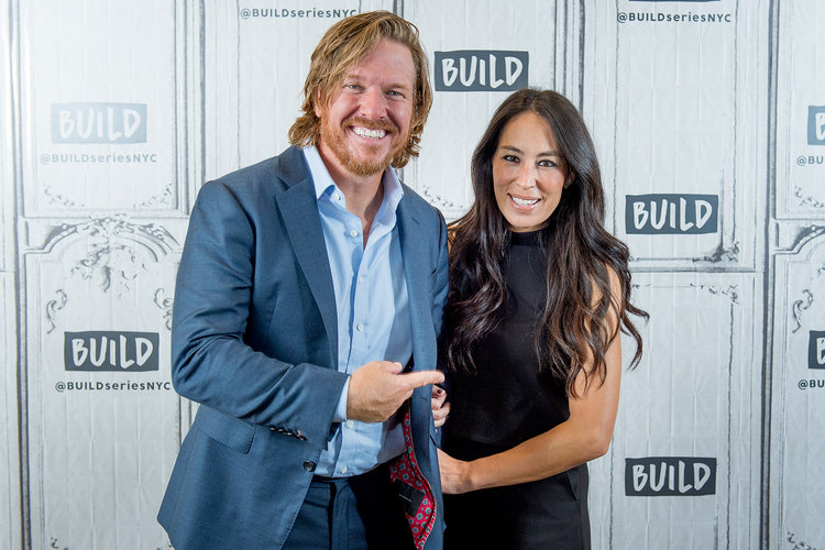 Fixer Upper's Chip and Joanna Gaines Expecting baby No. 5_still