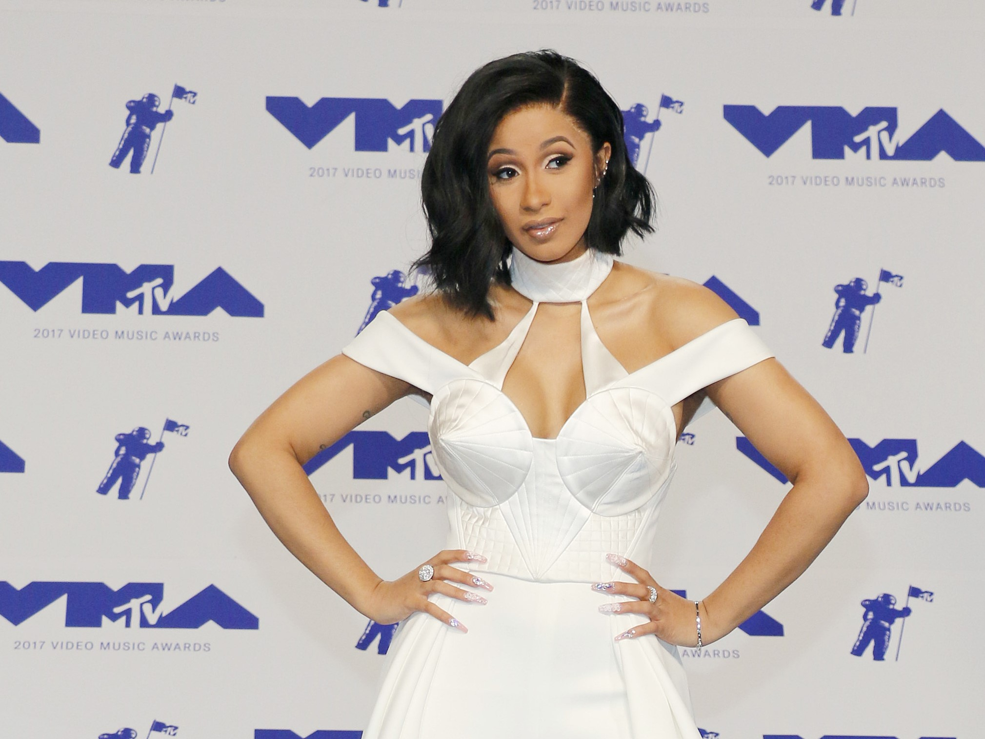 Cardi B White Outfit MTV VMA Red Carpet