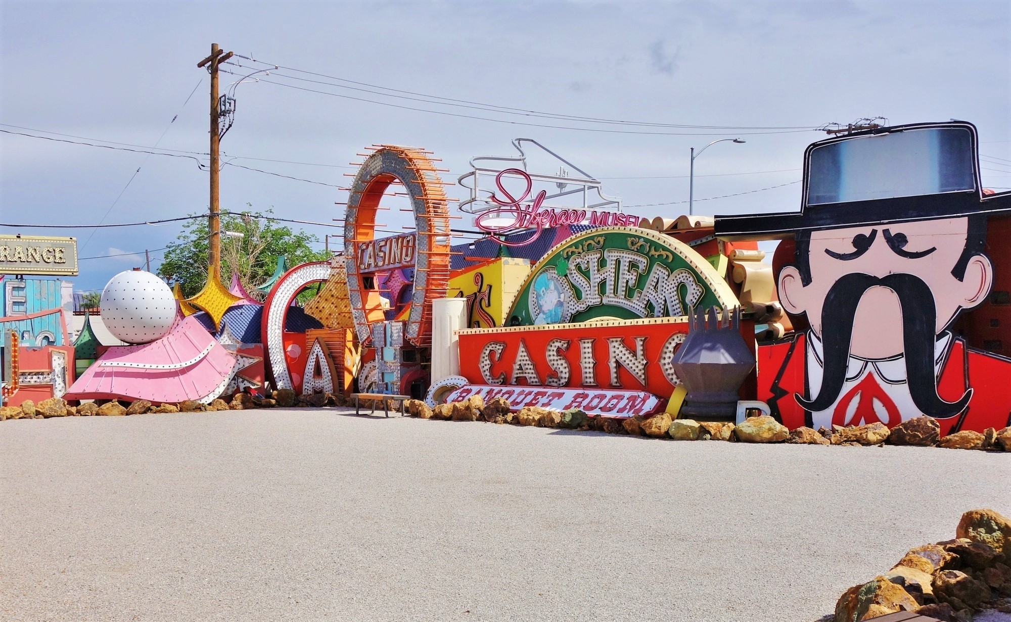 The Neon Boneyard Park Outdoor Museum