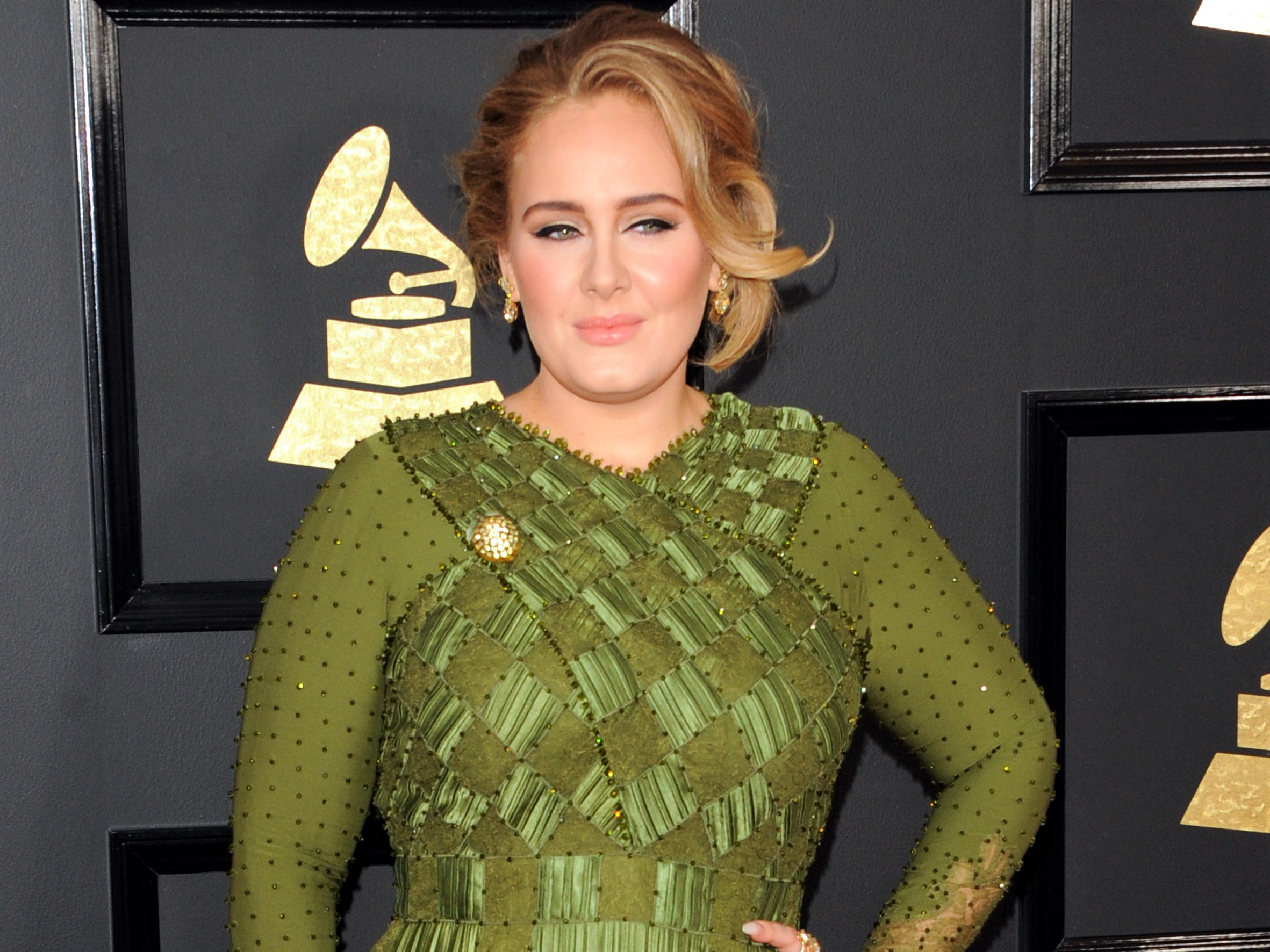 Adele Green Dress Award Show Carpet