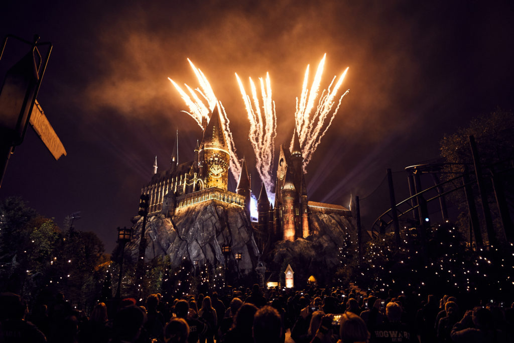 The Nighttime Lights at Hogwarts Castle Hogwarts